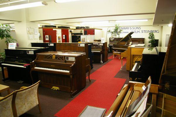 株式会社西部ピアノ 東京工房ショールーム