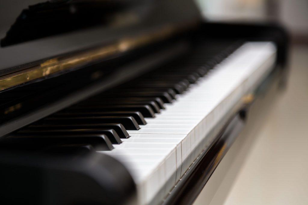 音大卒の母のピアノが売れなかった理由…